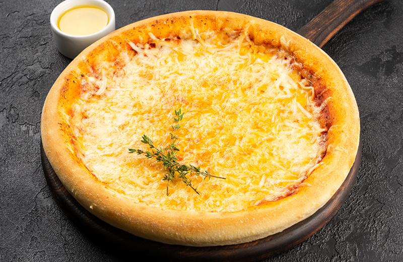 Пицца 5 сыров пышная