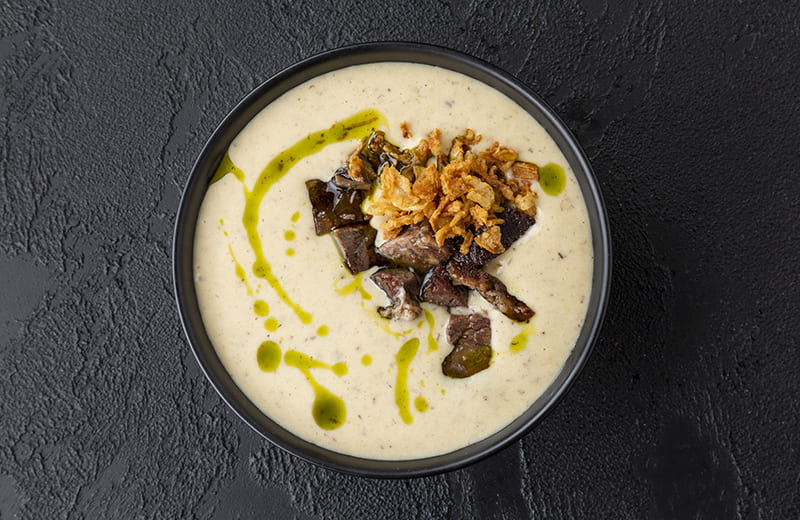 Заказ Крем-суп из картофеля и бекона с говяжьими щёчками