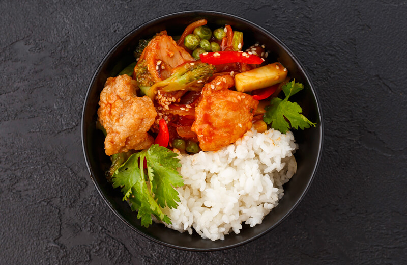 Курица на рисе